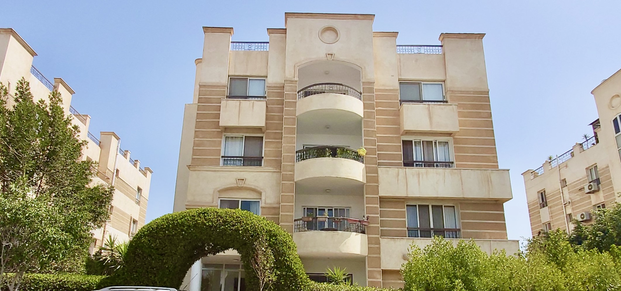 ZD101 apt, Beverly Hills, 6th of October
